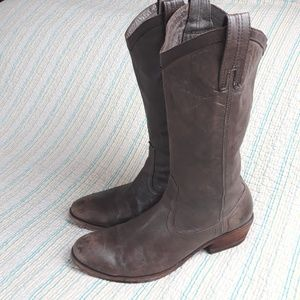Frye Carson Brown Mid Calf Leather Boots